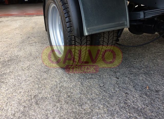 Iveco Daily cassone fisso gomme