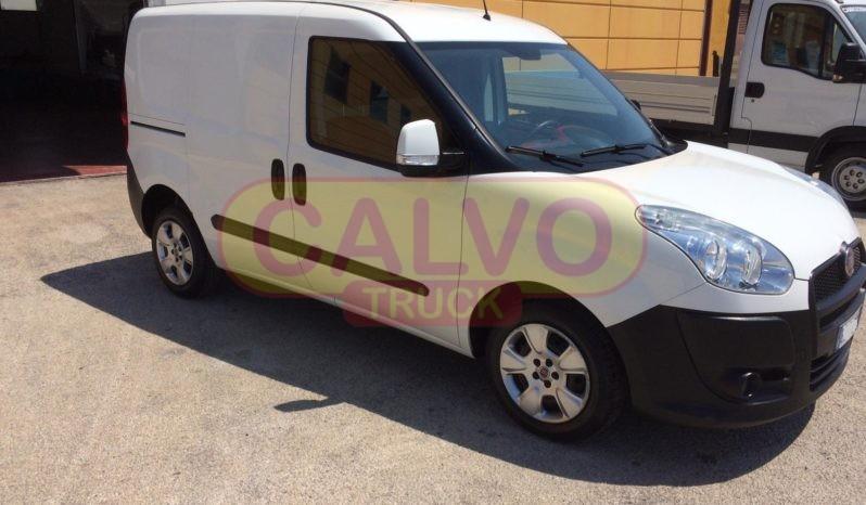 Fiat Doblò furgone con porta laterale dx