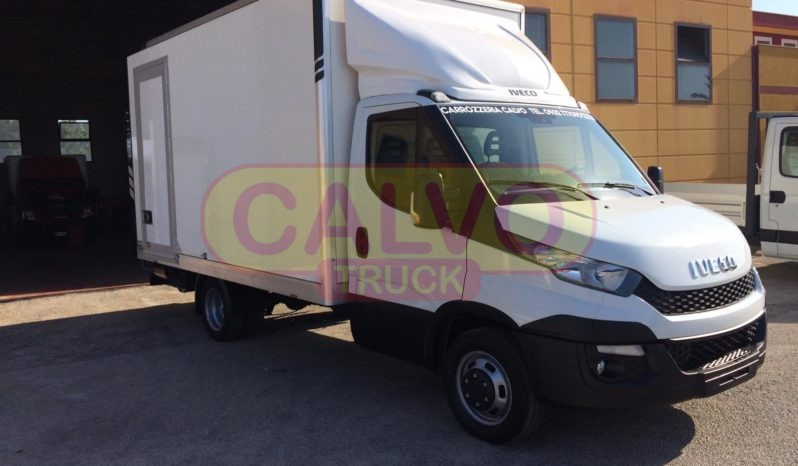 Iveco Daily furgonatura e pedana idraulica porta laterale dx