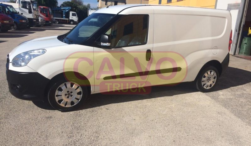 Fiat Doblò Maxi full optional lato sx