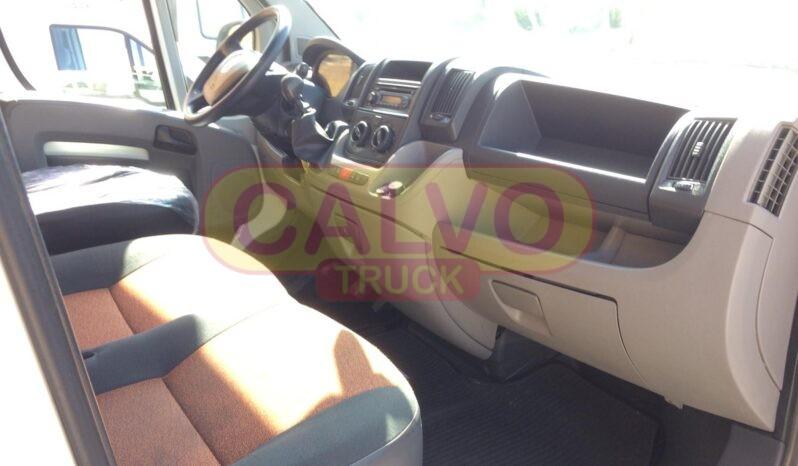 Fiat Ducato Maxi cassone fisso interni cabina