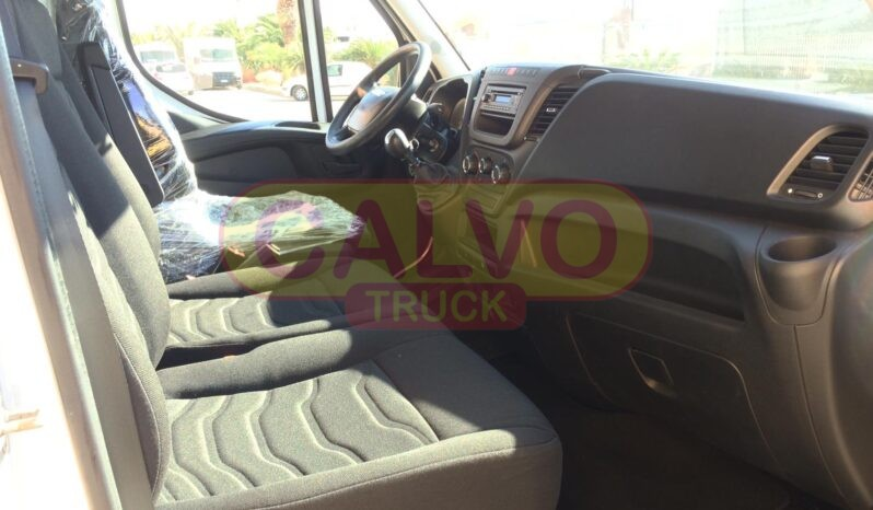 Iveco Daily 35S15 furgone Euro 5 interni