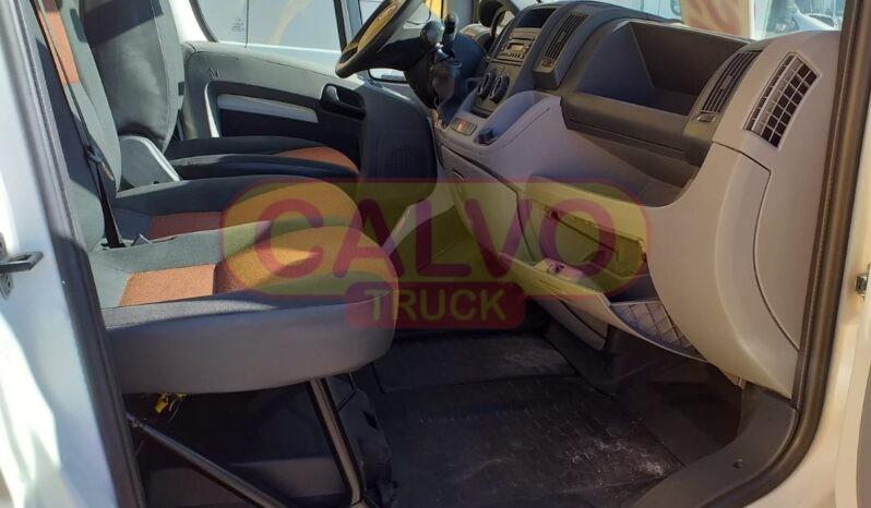 Fiat Ducato furgone cassone fisso interni