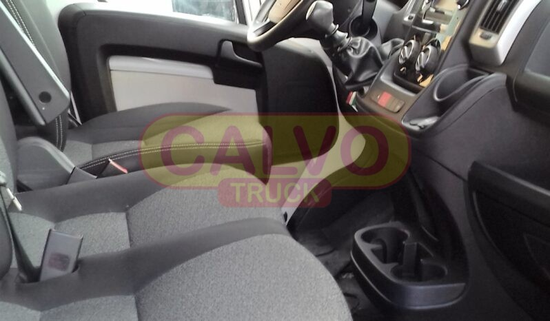 Fiat Ducato furgone full optional abitacolo